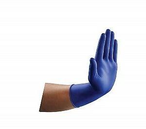 2 VersaShield Exam Gloves PowderFree